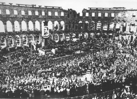 Proslava_dana_pobjede,_Pula_13._V_1945-1